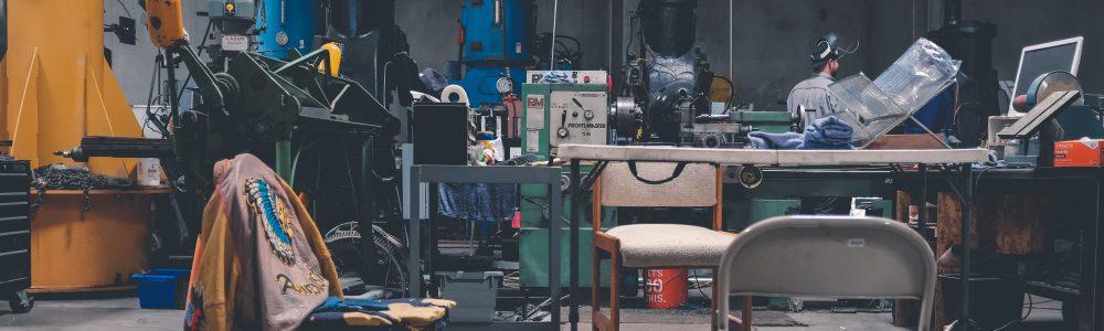 Baterijski spenjalci in pakirni stroji
