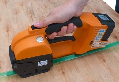 baterijski-spenjalec-gt-one-10-16-mm-za-pp-in-pet-trak-li-on-baterija-kupim-nov