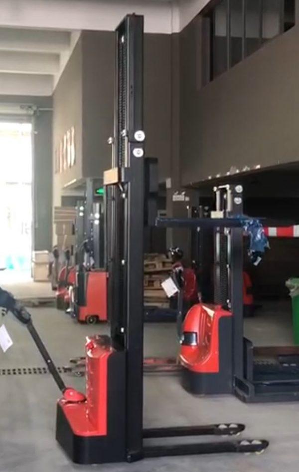 Elektricni-paletni-vilicar-3500mm-350cm-1500kg-ugodno